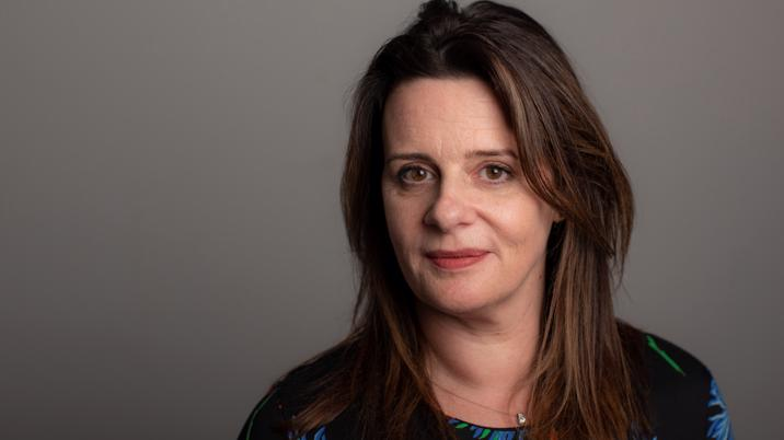 Janine Gibson joins FT